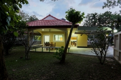Welcome inn Villa 3 bed front house